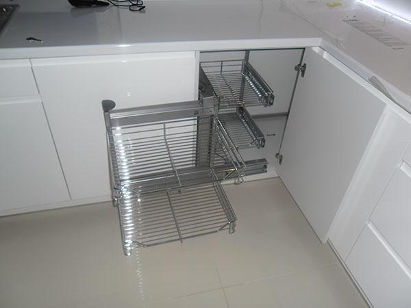Wyposażenie w dużej kuchni  jakie wyposażenie wybrać